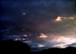 Polaroid izone550『発光する飛行物体雲の群れ』