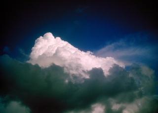 Polaroid a520,izone550『ラピュタ観たくな〜る積乱雲と予備軍』polaroid a520_1