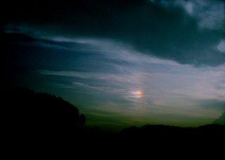 Polaroid a520『ちょい虹は、幻想的ぃ〜な雲の下に』1
