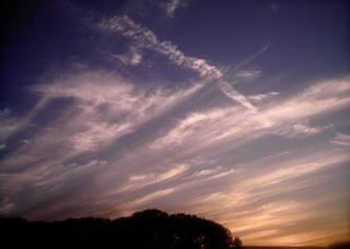 Polaroid izone550『ぐわーっ!!!としてる雲』4