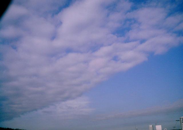 Polaroid a520『がばっっ!と出た雲』-2