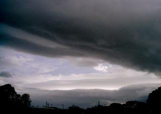 Polaroid izone550『だんだんばら雲』