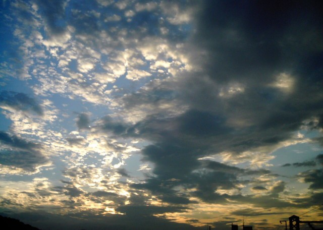 polaroid_a520_sky_20121211-3.jpg
