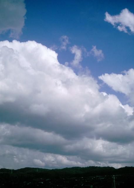 Polaroid_a520_sky_20130404-1.jpg