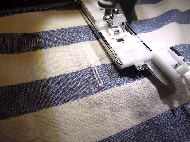 sewing_machine_buttonhole-18.jpg