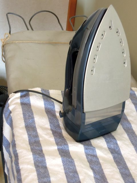 sewing_machine_buttonhole-3.jpg