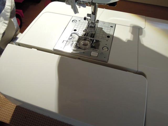 sewing_machine_buttonhole-7.jpg