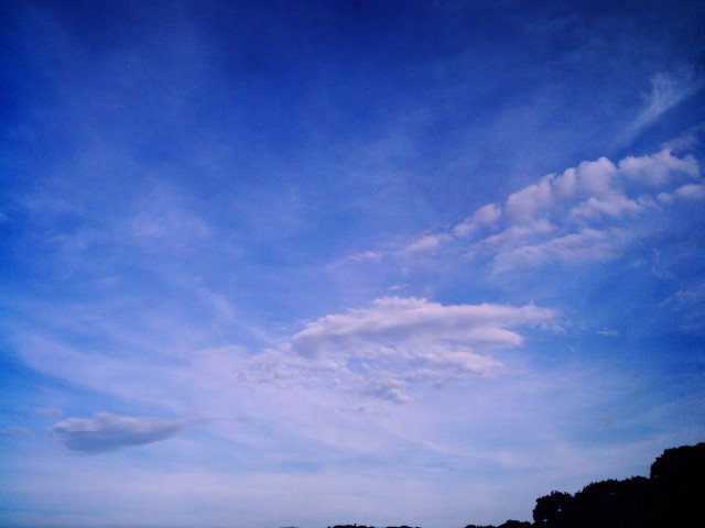 Polaroid-a520_sky_20130625-3.jpg