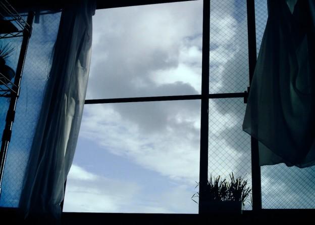 雨上がりな雲(Polaroid a520, izone 550)