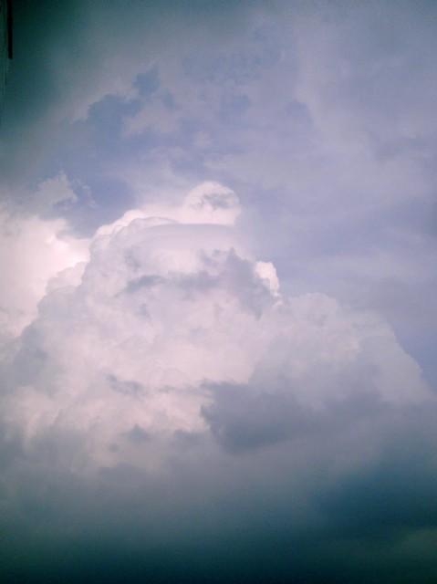 Polaroid-a520_sky_20131023-1.jpg