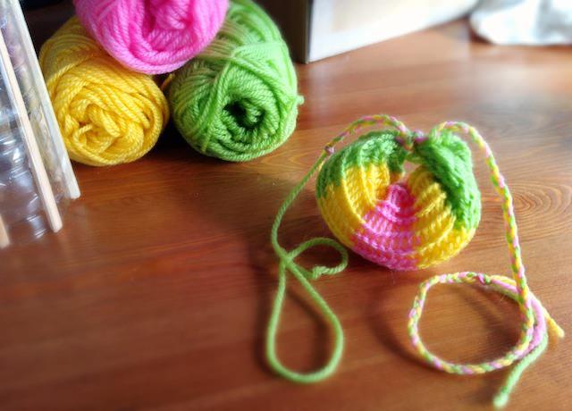 Spool Knitting Stripes Kitchen Sponge_2-27.jpg