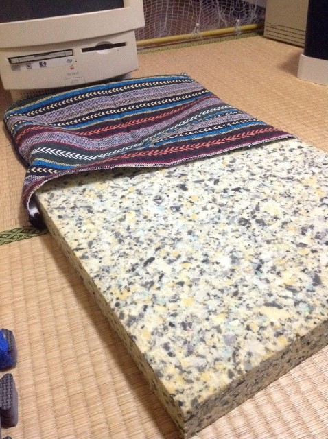 DIY_No Zipper Cushion Cover-16.jpg