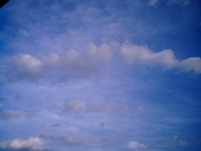 Polaroid-a520_sky20140407-1.jpg