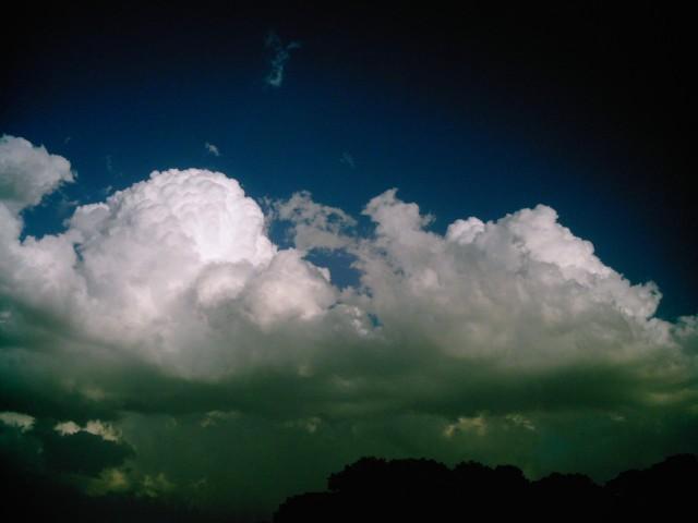 Polaroid-a520_sky20140527-6.jpg