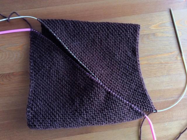 Escargot Knit Hat 2-15.jpg