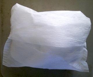 詰め替え乾燥剤で、キャットフードを新鮮保管!6